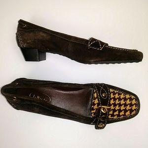 Leather slip resistant Talbots heel loafers